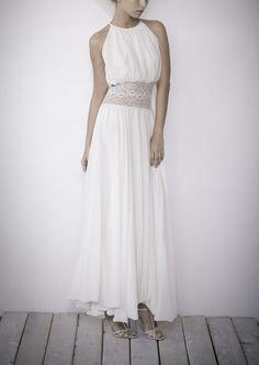 Handgemachte Ballon Hochzeit Dress\gown mit Rundhalsausschnitt Schlitz hinten, silky Chiffon und französischer Spitze (Dantelle du Calais) u...