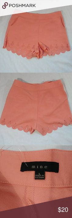 Mine Dress Shorts Peach color dress shorts Side Pockets side zipper flat pockets in the back size large with scalloped hem with cut out absolutely pretty  Waist measurement 32 inches Shorts