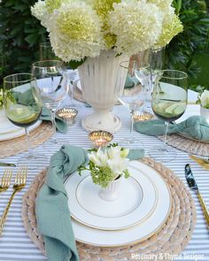 Dining Room Table Decor, Deco Table, Decoration Table, Dining Set, Table Setting Etiquette, Table Settings, Table Set Up, Fall Table, Ceramic Decor