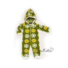 Mutturalla - This is a finnish blog of a mother of five who makes beautiful clothes for her kids!