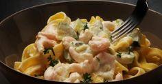Fettucine aux champignons et aux crevettes. Easy Pasta Dinner Recipes, Best Pasta Dishes, Chicken Pasta Recipes, Seafood Recipes, Easy Meals, Rice Dishes, Baked Recipes Vegetarian, Vegetable Recipes, Cooking Recipes