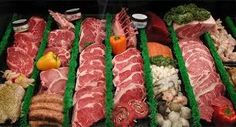 Meat Shop Display Grocery Store 35 New Ideas Meat Sauce Recipes, Meat Loaf Recipe Easy, Meat Recipes For Dinner, Easy Meat Recipes, Carnicerias Ideas, Room Ideas, Meat Store, Meat Lovers Pizza, Dry Aged Beef