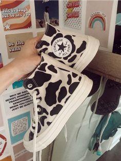 Dr Shoes, Swag Shoes, Hype Shoes, Me Too Shoes, Shoes Jordans, Denim Shoes, Mode Converse, High Top Converse, Converse Style