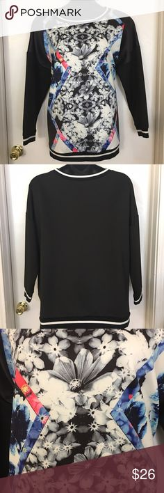 """The Warm Up"" Printed Sweatshirt This trendy sweatshirt is a great athleisure piece. It is technically an athletic wear top but it looks great worn casually with jeans or a skirt! Made out of a scuba knit material with soft cotton banding. Only worn once. Jessica Simpson Tops Sweatshirts & Hoodies"
