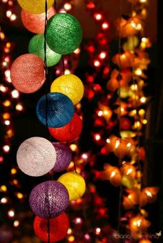 46 Ideas For Wall Paper Christmas Texture Lit Wallpaper, Scenery Wallpaper, Colorful Wallpaper, Flower Wallpaper, Disney Wallpaper, Wallpaper Backgrounds, Iphone Wallpaper, Hanging Lights, Fairy Lights