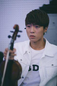 Jun Sung Ahn (@JunCurryAhn) | Twitter Cute Boys, Jun, Kpop, Musicians, Youtube, Curry, Twitter, Random, Handsome Boys