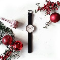 A festive treat! WIN a Newgate Drummer Watch in time for Christmas simply like this post and comment 'Merry Christmas Newgate!' To enter! Make sure you like/follow us to find out if you've won! Winner will be announced next Thursday (17.12.15) | UK entrants only | Enter on Instagram and/or Facebook | Shop the Newgate Watches range online at http://ift.tt/1GedDiR #competition #Newgate #NewgateWatch #NewgateWatches #festive #christmas #flatlay #onthetable #baubles #berries #xmas #giveaway #...