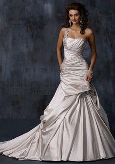 """Maggie Sottero, """"Fiorella,"""" available in white, $1,274.00 / Diamond White"""