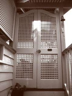Lattice doors/batwing doors | Front verandah | Pinterest | Queenslander Doors and Verandas & Lattice doors/batwing doors | Front verandah | Pinterest ... pezcame.com