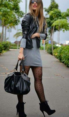 How to wear fall fashion outfits with casual style trends Fashion Mode, Look Fashion, Skirt Fashion, Autumn Fashion, Fashion Outfits, Womens Fashion, Fashion Ideas, Feminine Fashion, Shorts Outfits Women