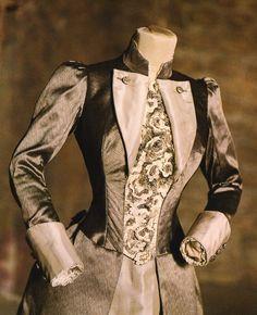 Mina's wedding dress for Bram Stoker's Dracula (1992)