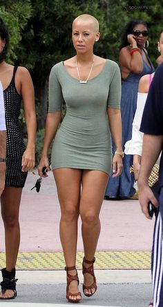Sweet thrill of Amber Rose ...Plush waist to hips ratio...