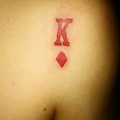 Tattoo K de diamantes.
