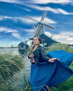 Gone with the windmills Floaty Dress, Dress Skirt, Wind Skirt, Strong Wind, Cloaks, Windmills, Satin Dresses, Crossdressers, Dawn