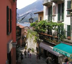 10 Towns of Lower Lake Como