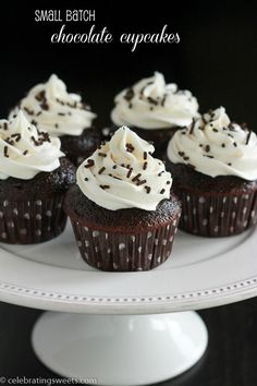 Small batch chocolate cupcakes - A small batch of 6 chocolate cupcakes, made in only one bowl and topped with vanilla buttercream frosting.