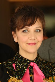 Maggie Gylenhaal attends the 'International Jury' photo call during the Berlinale International Film Festival Berlin. Maggie Gyllenhaal, Starred Up, International Film Festival, Daily Photo, Photo L, Famous Faces, Terra, Pretty Woman, Street Fashion