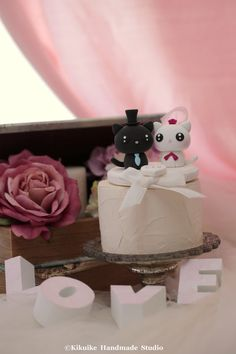 chat jeunes mariés et kitty Wedding Cake Topper