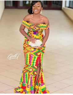 Kente Fabric Designs: See These Kente Styles For Fashionable Ladies - Lab Africa African Bridesmaid Dresses, African Print Dresses, African Dress, Latest African Fashion Dresses, African Inspired Fashion, African Print Fashion, Trendy Ankara Styles, Kente Styles, African Attire