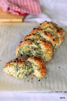 Spinach and Feta bread - looks so yummy!