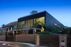 Vivienda del Árbol Centenario / Wallflower Architecture + Design