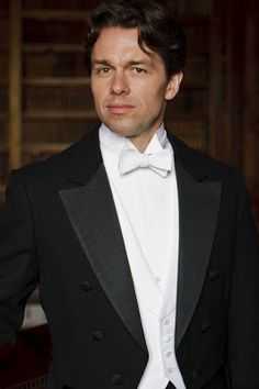 First Look at Downton Abbey's New Man Candy, Julian Ovenden as aristocrat Charles Blake.
