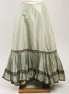 Petticoat Date: late 19th century Culture: French Medium: silk Dimensions: [no dimensions available] Credit Line: Gift of the Heirs of Maud van Cortlandt Taylor Hill, 1965 Accession Number: C.I.65.30.11 1890s Fashion, Edwardian Fashion, Vintage Fashion, Historical Costume, Historical Clothing, Belle Epoque, Petticoat Junction, 19th Century Fashion, 18th Century