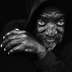 Amazing b/w pictures of homeless people by Lee Jeffries