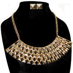 Pyramid Stud Plate Bib Style Necklace with Stud Earrings in Gold