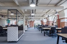 the tech-company's newest co-working campus occupies a five-storey building hosting a dynamic space for entrepreneurs to learn, share ideas and launch start-ups. Open Office, Cool Office, Office Ideas, Madrid, Corporate Interiors, Office Interiors, Entrepreneur, Office Workspace, Office Spaces