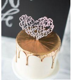 Hoi! Ik heb een geweldige listing gevonden op Etsy https://www.etsy.com/nl/listing/220370700/heart-of-love-love-wood-laser-cut-cake