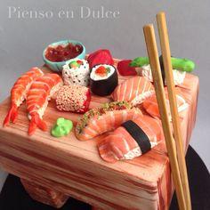 Sushi fondant cake, by Pienso en Dulce