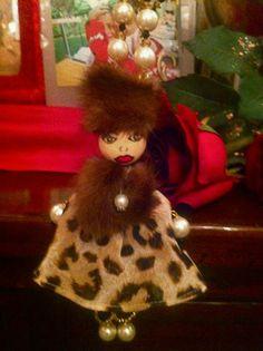 I show my Dolls Bijoux