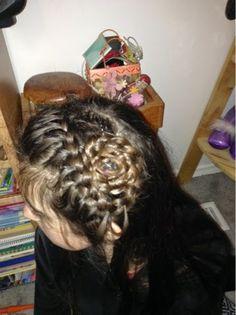 truly just me: Dutch/French flower braid