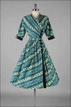 Vintage 1940s Dress NELLY DON Batik Print by millstreetvintage