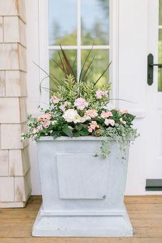 Planting Your Garden Planters: 3 Ways - Monika Hibbs Garden Boxes, Garden Planters, Container Plants, Container Gardening, China Garden, Pallets Garden, Pallet Gardening, Gardening Tips, Vegetable Gardening