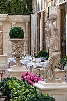 Ritz, Paris small court yard like Borgias