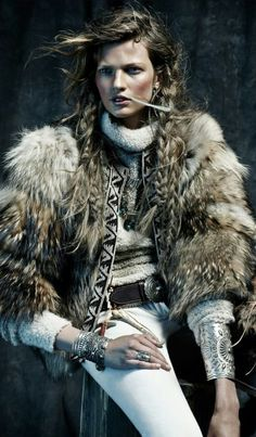 Fake Fur, Native American Fashion, Hippie Gypsy, Vintage Shabby Chic, Karl Lagerfeld, Fur Coat, Winter Jackets, Punk, Pocahontas