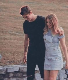 Hessa in love! Relationship Goals Pictures, Cute Relationships, Cute Couples Goals, Couple Goals, Cute Couple Pictures, Couple Photos, Fangirl, Hardin Scott, Photocollage