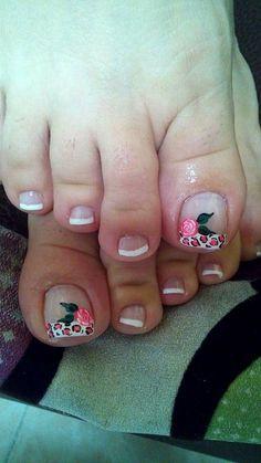 Pedicure Designs, Toe Nail Designs, Toe Nail Art, Toe Nails, Triangles, Fairy, Designed Nails, Frases, Classy Nails