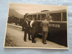 Private retro photo, Daimler(?) bus, people cca. 1950-1960 Boy On Beach, Chevrolet Usa, Registry Office Wedding, Lifebuoy, Winter Photos, Vintage Photos, Retro, Antiques, Vehicles