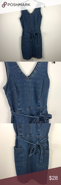 6d816ed08eb Universal Thread denim smock style dress Perfect condition Universal Thread  brand denim smock style dress with