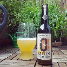 Oriental Wit von @kuehnkunzrosen auf Balkonien #craftbeer #witbier #kiel #kuehnkunzrosen #mainz #beerlove #beerstagram #beerporn #instabeer #beer #cheers #bier #prost #cerveza #cerveja #birra #biere