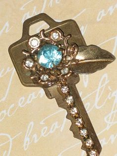 Repurposed Key. I want to make this!