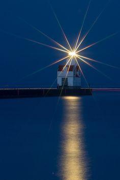 Star Bright - night lighthouse photo by Bill Pevlor of PopsDigital.com.  #lighthouse #kewaunee #lakemichigan