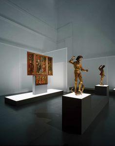 Minimalist exhibit design buro munzig - kunstschätze des mittelalters