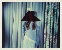 Haunting fashion collages by photographer Jean-François Lepage. More on ignant.de...