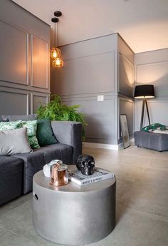45 Ideas Design Interior Classic Architecture For 2019 Apartment Interior, Apartment Design, Neoclassical Interior, Accent Wall Designs, Salons Cosy, Classic Architecture, Shop Interiors, Modern Luxury, Living Room Decor