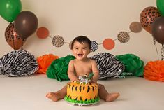 jungle animal cake smash, animal cake smash idea, little boy cake smash idea
