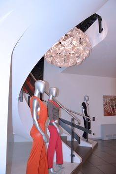 L'ingresso in azienda, manichini, tessuti e design